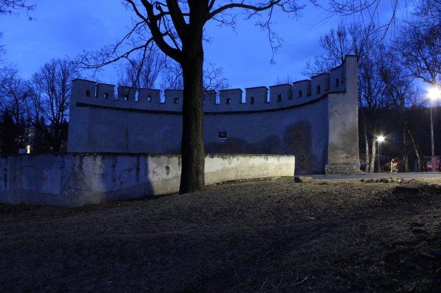Neviditeľné hradby